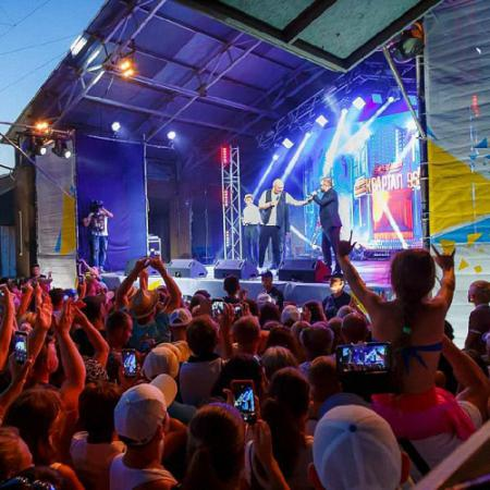Ночной клуб с эротическими шоу разговорный клуб английского языка для подростков москва